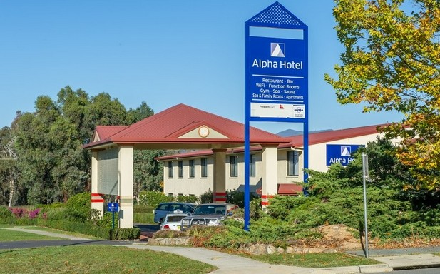 Alpha Hotel Canberra - Kalgoorlie Accommodation