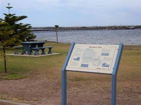 Port Broughton Historic Walking Trail - Kalgoorlie Accommodation
