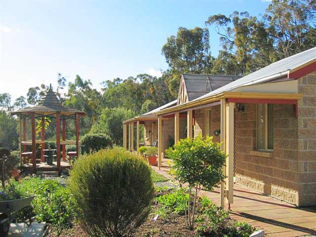 Riesling Trail  Clare Valley Cottages - Kalgoorlie Accommodation