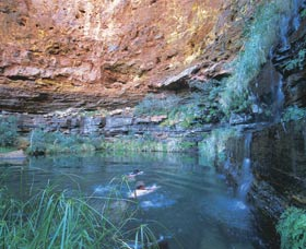 Dales Gorge and Circular Pool - Kalgoorlie Accommodation