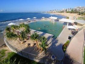 Kings Beach - Beachfront Salt Water Pool - Kalgoorlie Accommodation