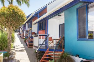 Clubyamba Beach Holiday Accommodation - Adults Only - Kalgoorlie Accommodation